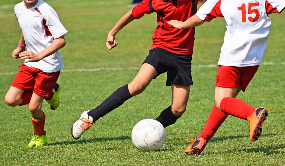 Ahorra en la equipación deportiva de tus hijos
